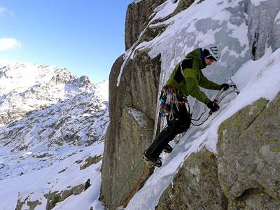 curso-alpinismo-madrid-gredos-guias-boira