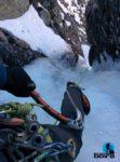 curso-escalada-hielo-pirineos-guias-boira (36)