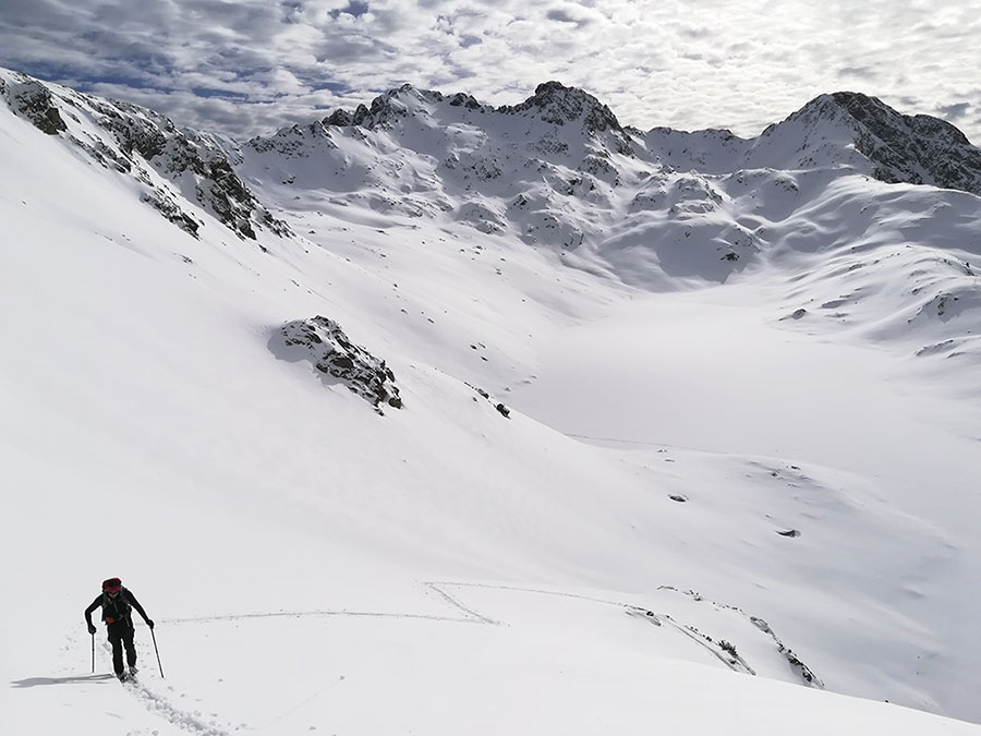 ruta-raquetas-nieve-ibones-brazato-panticosa-valle-tena